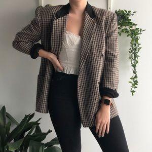 Vintage • 100% wool plaid blazer
